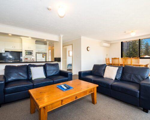 2 bedroom cityview apartment (11)