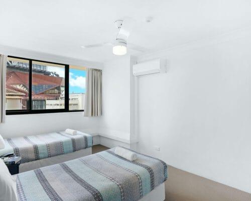 apartment-breakers-north-1d-5