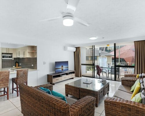 apartment-breakers-north-1d-8