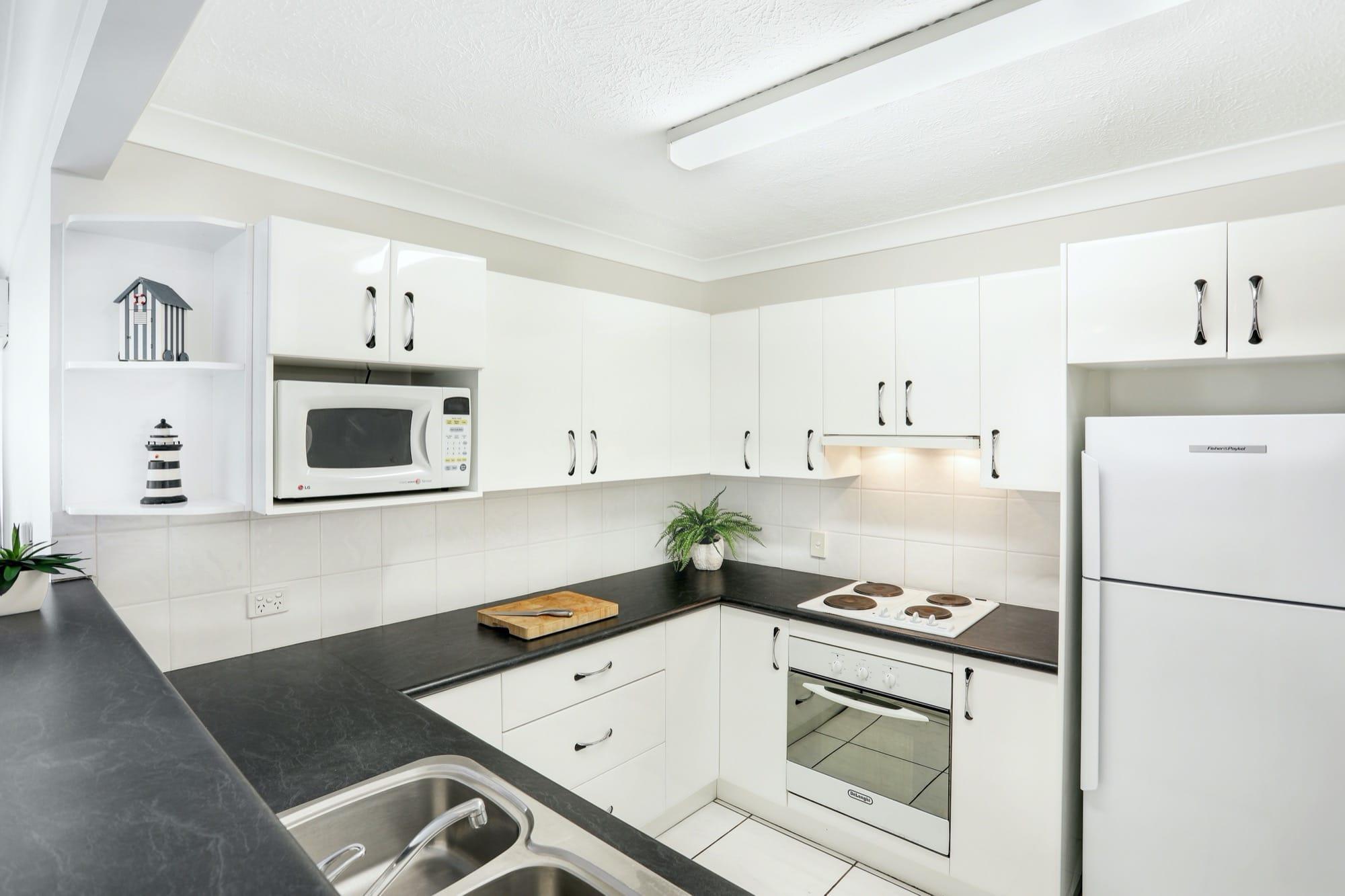 apartment-breakers-north-5c-6